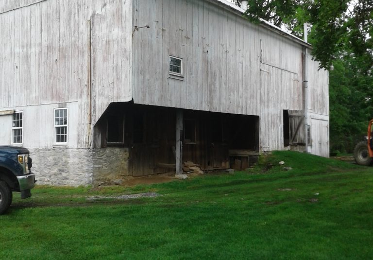 old barn that needs repairing in lancaster county